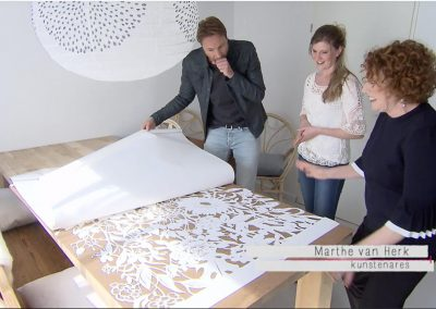 Freeze Frame Episode - Papercut VT Wonen TV Show - Whispering Paper